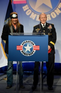 Legendary musician Bret Michaels and General Dempsey surprised and delighted the audience with an impromptu duet.