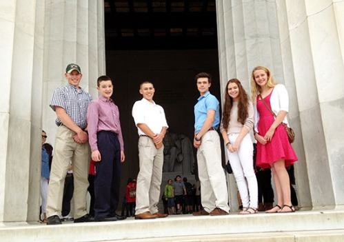 mcoygalablog_kids-at-lincoln-memorial