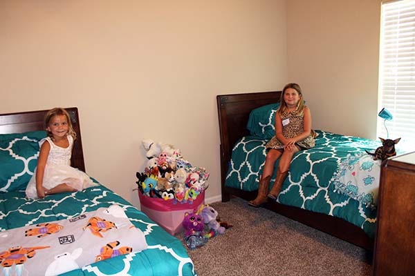blog - operation-homefront-rent-free-apartments-grand-opening-wounded-veteran-housing-san-antonio-IMG_3224