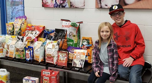 Jaxson-Jordan-and-sister-food-drive-operation-homefront